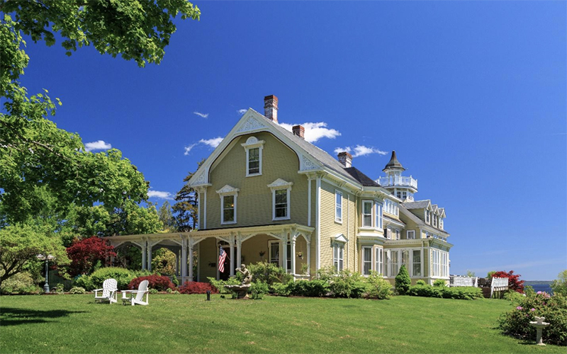 The exterior of our Searsport bed and breakfast