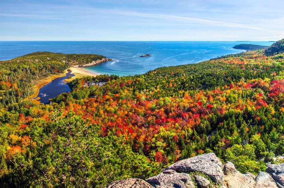mid-coast Maine fall foliage
