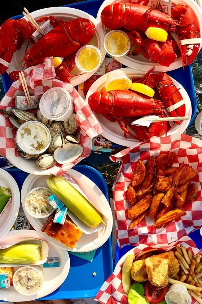 fresh delicious lobster lunch