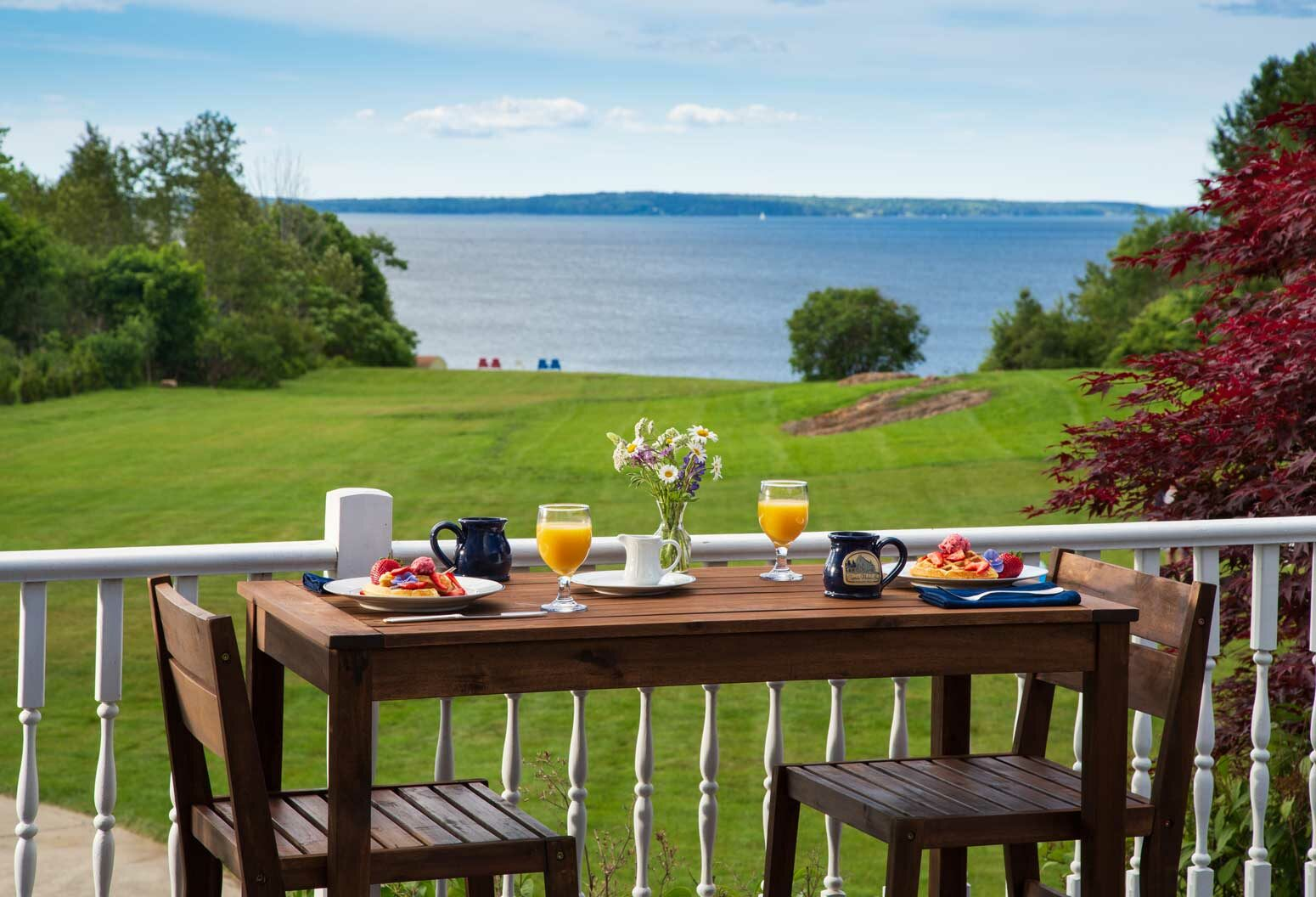 Enjoy the water view while enjoying breakfast