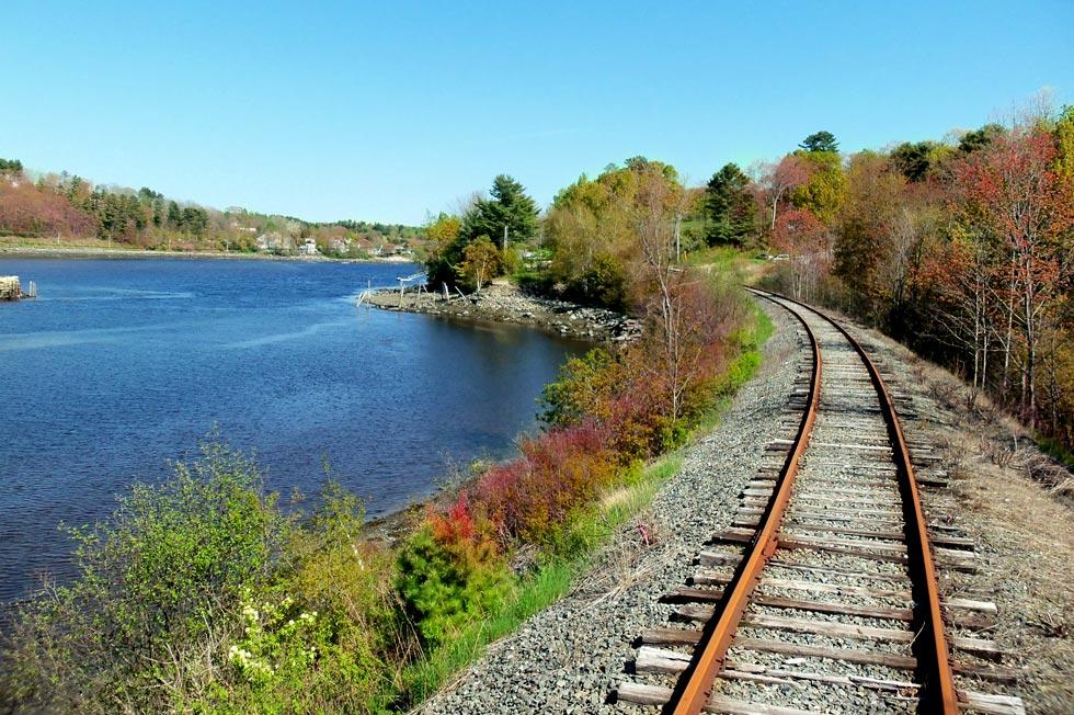 Belfast and Moosehead Lake Railroad Fall Foliage Train Trips